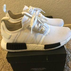"ADIDAS NMD R1 ""White Black"""